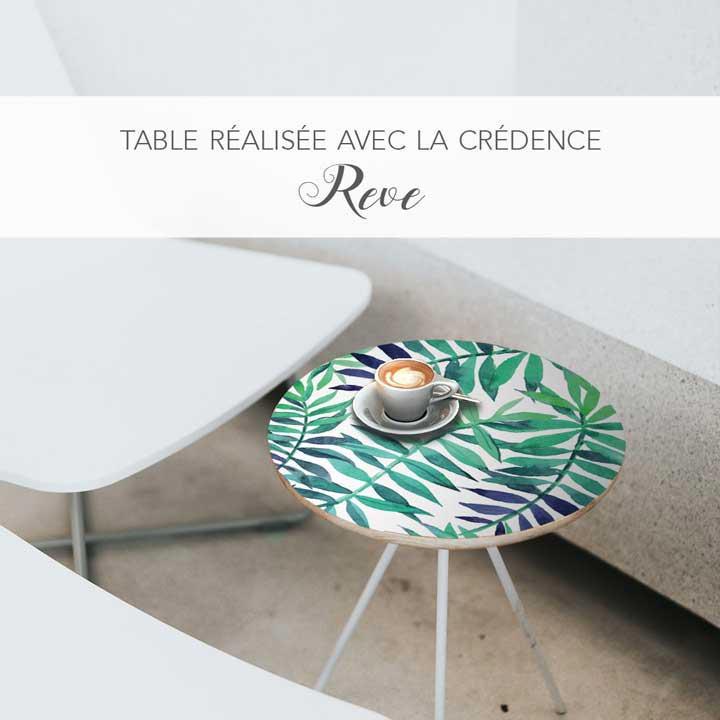 Table customisée avec la crédence Rêve