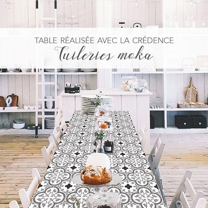grande table de cuisine dessus customisé