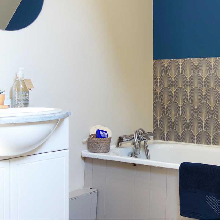salle de bain crédence baignoire KLIMT