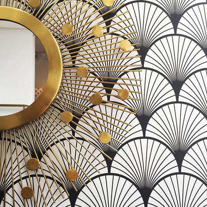 Papier peint Seigaiha noir et miroir doré