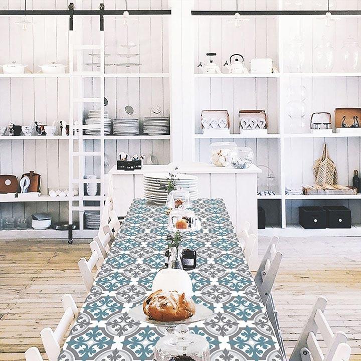 grande table cuisine personnalisée motifs Le Grand Cirque